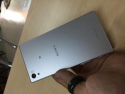 Những điều cần biết khi mua điện thoại Sony Xperia Z5