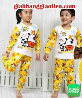 Shop quần áo trẻ em - Mẹo chọn mua quần áo cho bé trai và bé gái